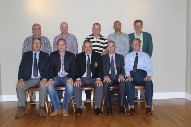 golf club committee