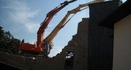 demolizione di un parete