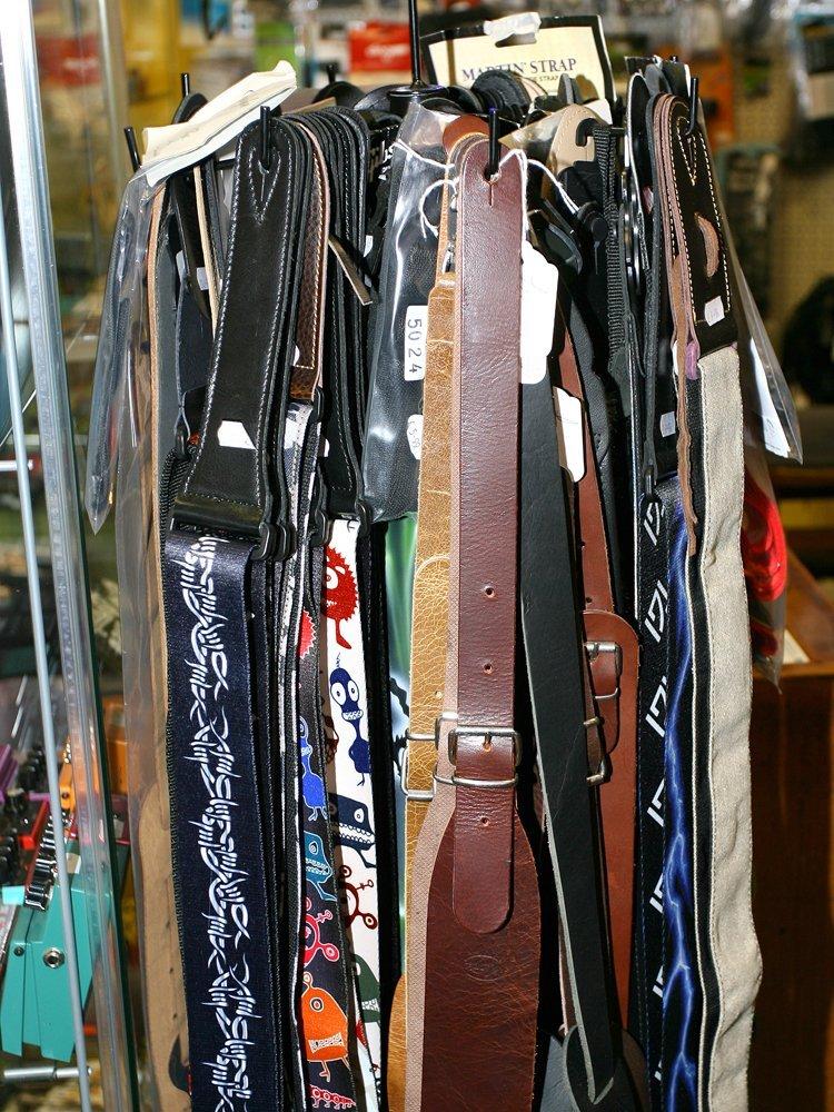 straps for guitars