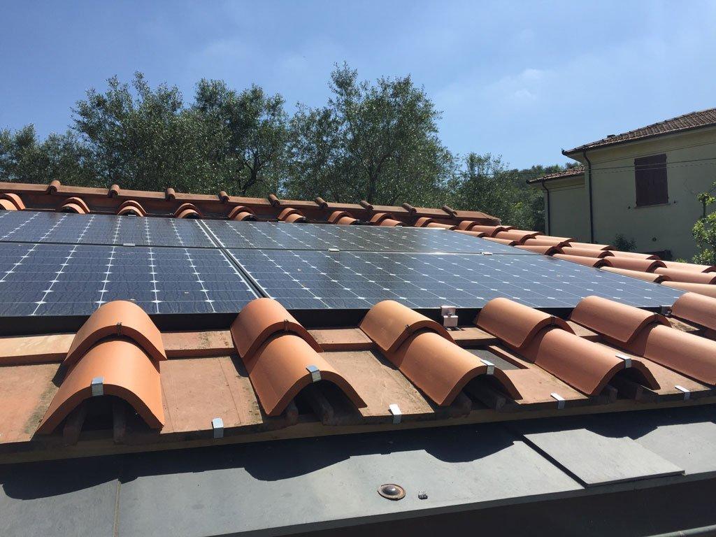 Impianti fotovoltaici integrati nei tetti Elettrosistemi La Spezia