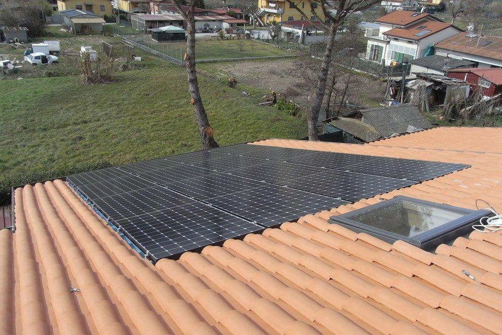 fotovoltaico integrato nel manto di copertura elettrosistemi La Spezia