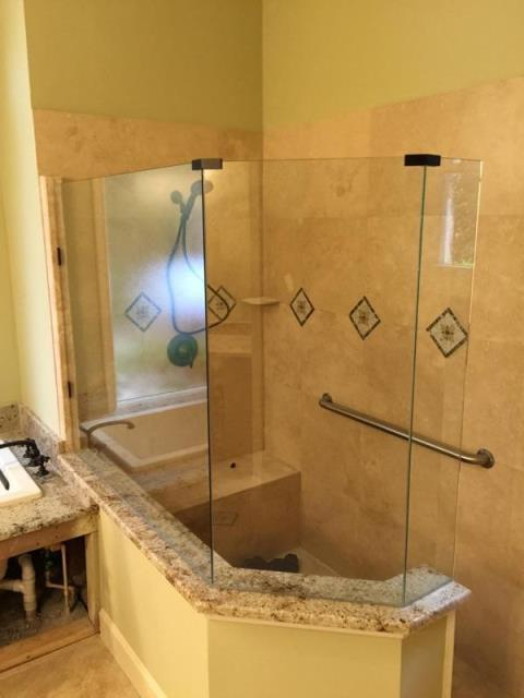 Shower Enclosures Jacksonville FL | Baker Glass