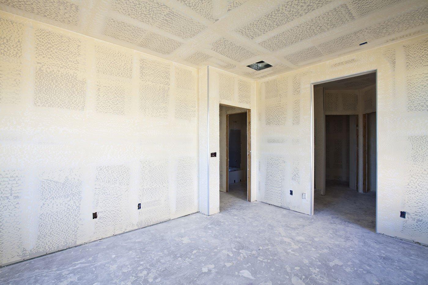 Interno di una stanza con pareti in cartongesso