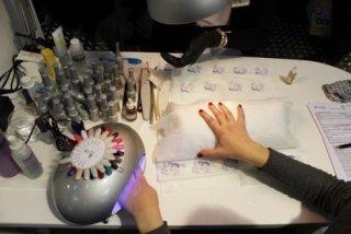 Prodotti per ricostruzione unghie