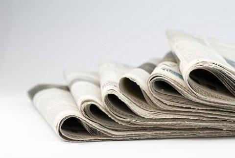 Annunci funebri su giornali locali e nazionali