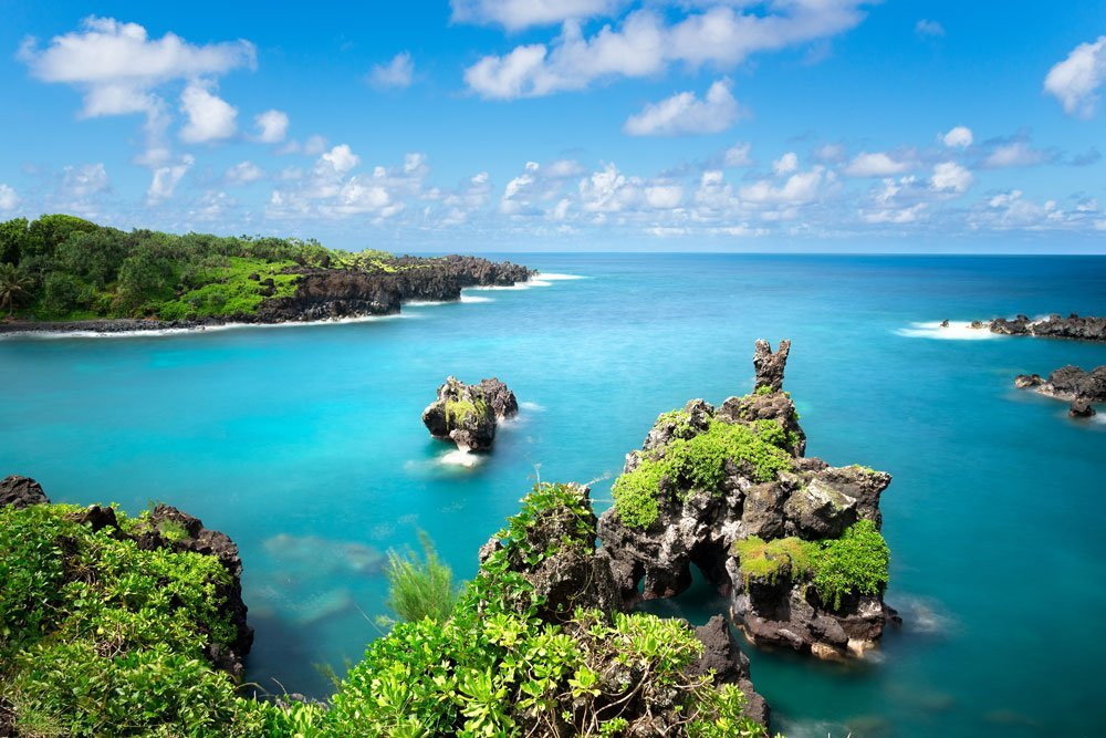 Road to Hana Tour from Oahu (R/T Airfare Incl.)