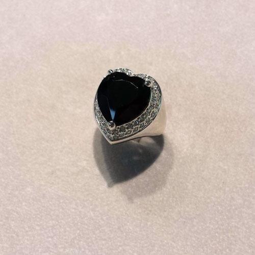 anello di bigiotteria