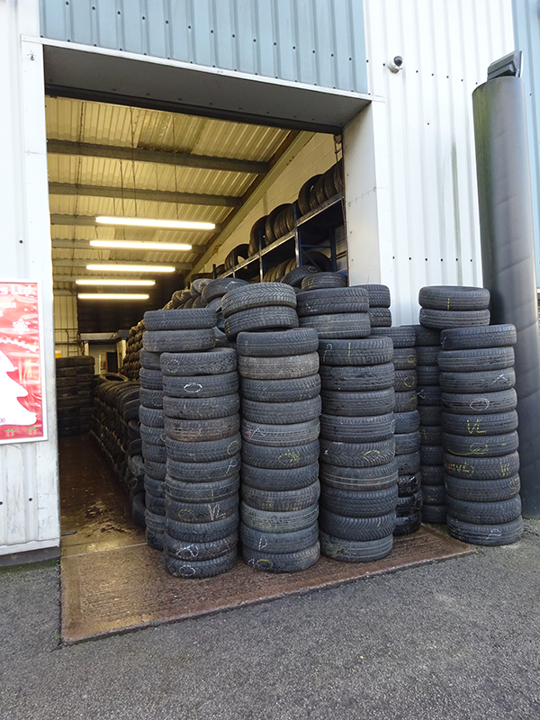 tyres for repairs
