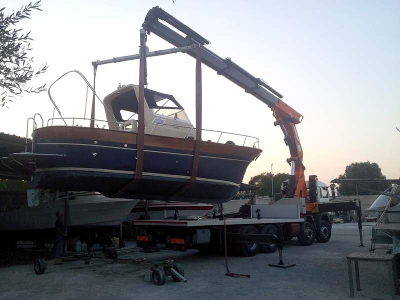 Trasporti piccolo yacht