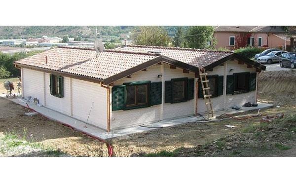 Casa in legno modello LINDRA