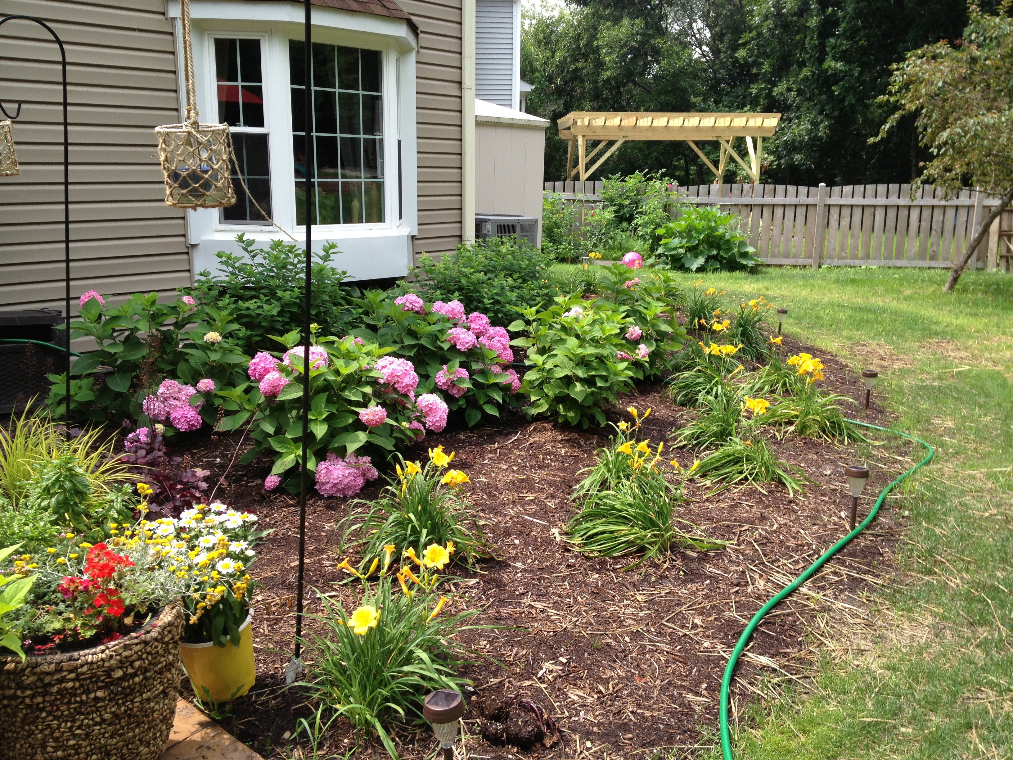 JWB Outdoor Solutions, Landscaping Services