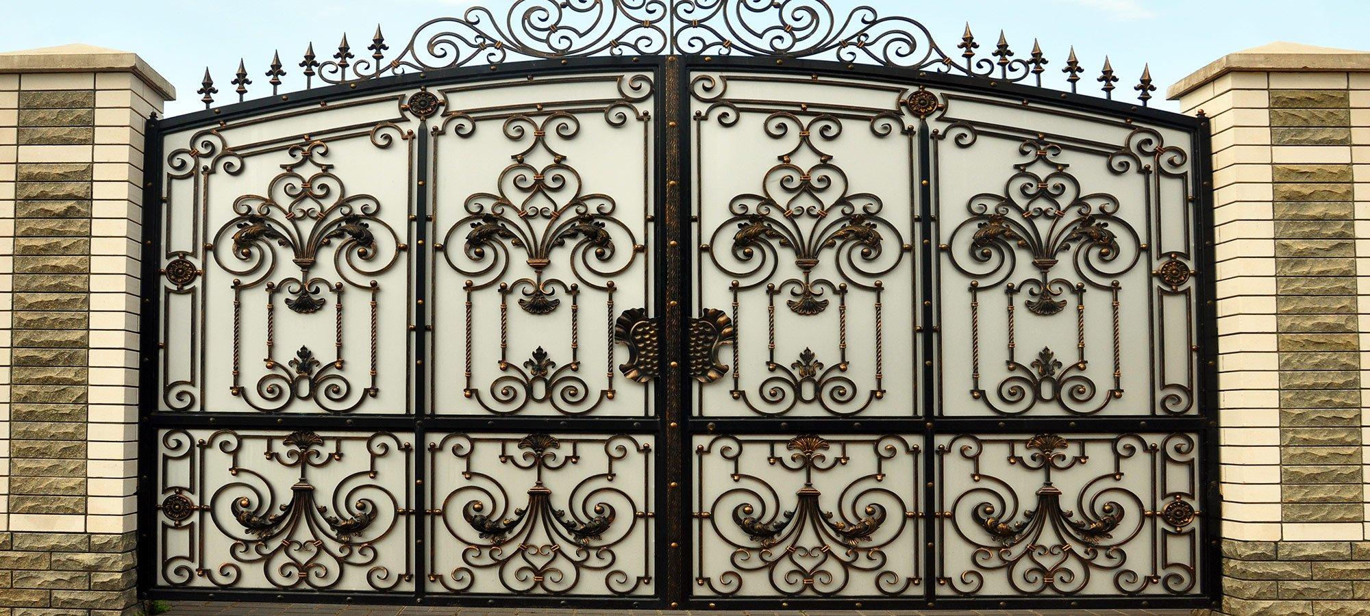 Cancello in ferro a Valmorea
