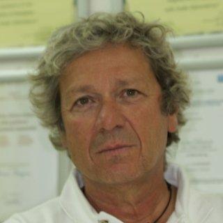 Dr. Roberto Cinti