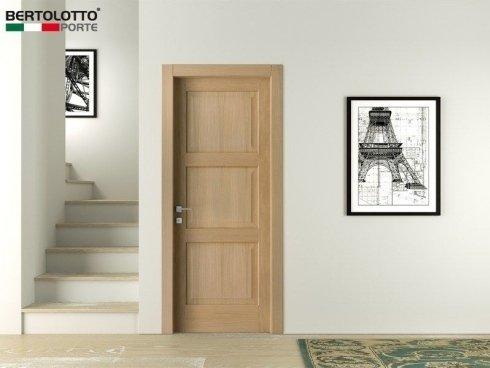 porte classiche, porte in legno chiaro, porte per interni