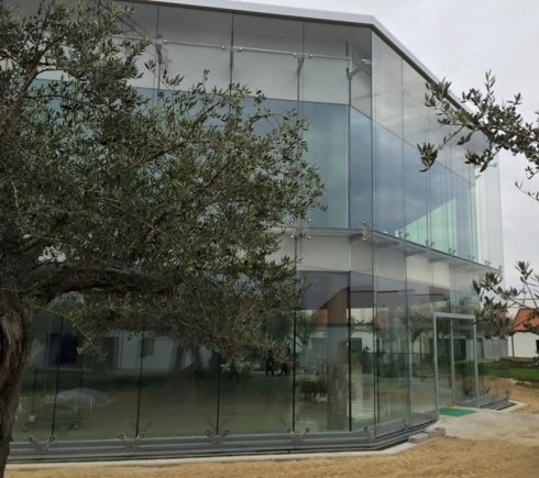 realizzazione facciata per Istituto di ricerca bIogem Ariano irpino