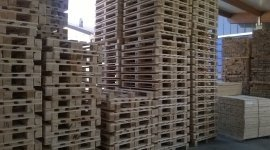 pellet e imballo per trasporto merce