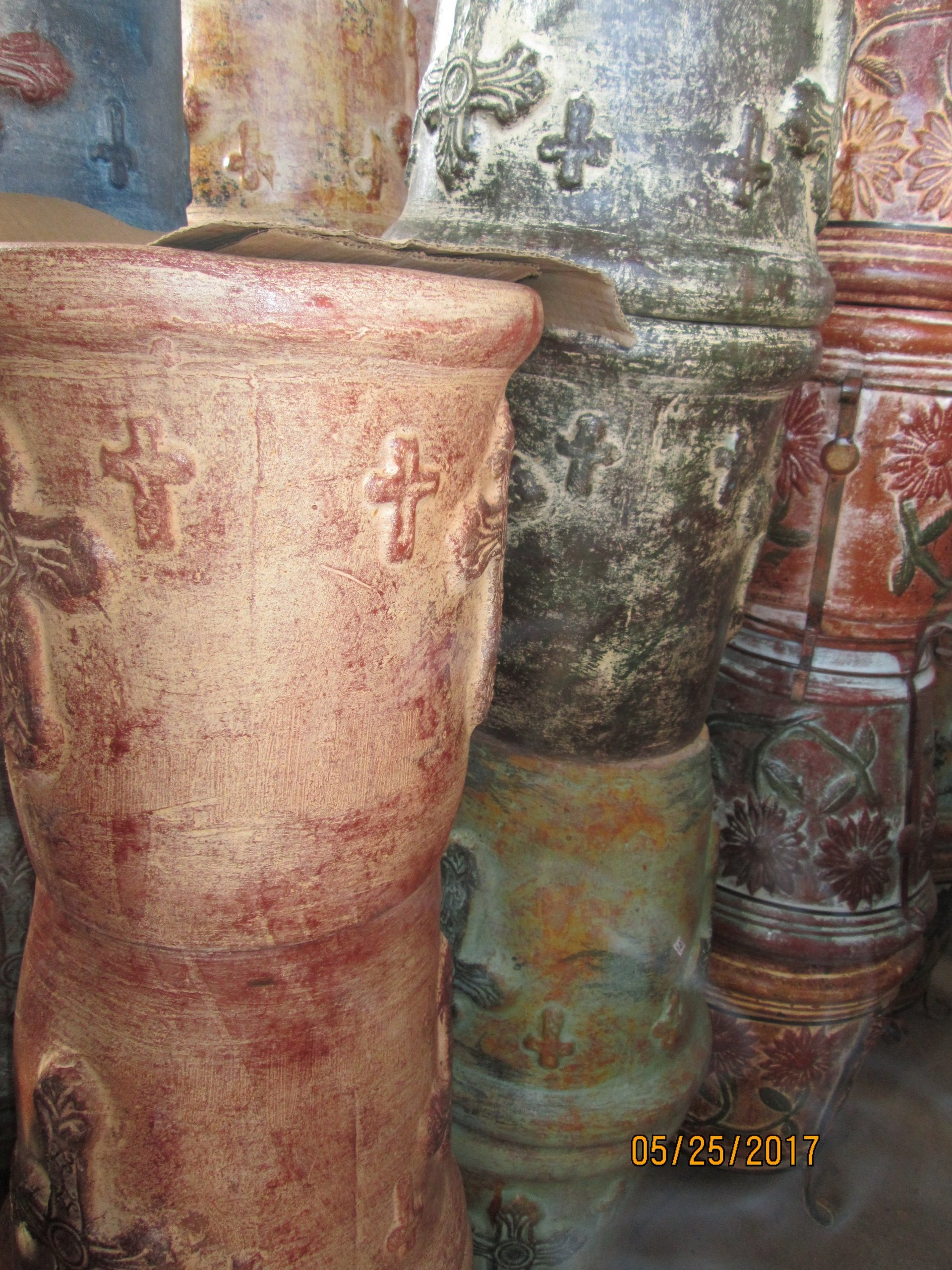 Diana's Import Authentic Mexican Pottery & Handicrafts