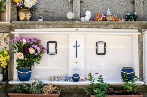 Lastre tombali, lavori cimiteriali, agenzia funebre Fazioli Sante