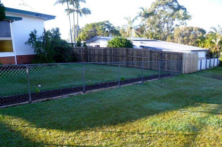 sureline fencing domestic fencing outdoor lawn