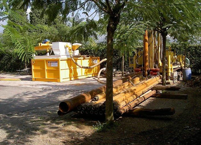 pozzi da noi costruiti di uso agricolo. viene completato da Idroperforazioni con l'installazione della pompa sommersa, scelta appositamente in base alla sua portata e al livello dinamico che presenta.