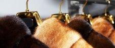 riparazione capi in pelle, sartoria per donna, rifacimento di pellicce
