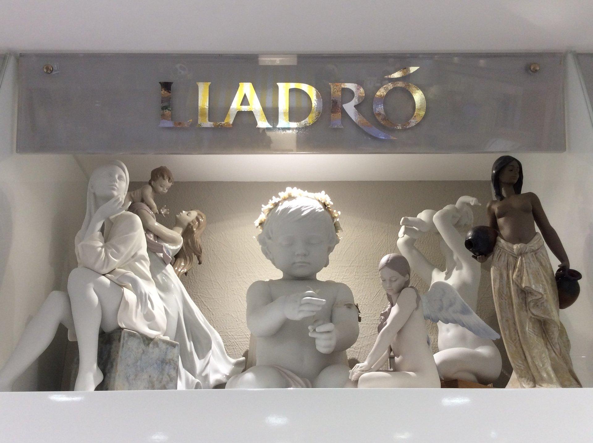 putti e statuette Ladro