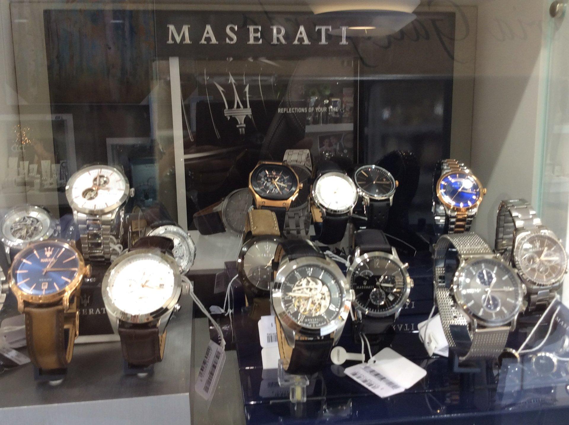 Esposizione orologi Maserati