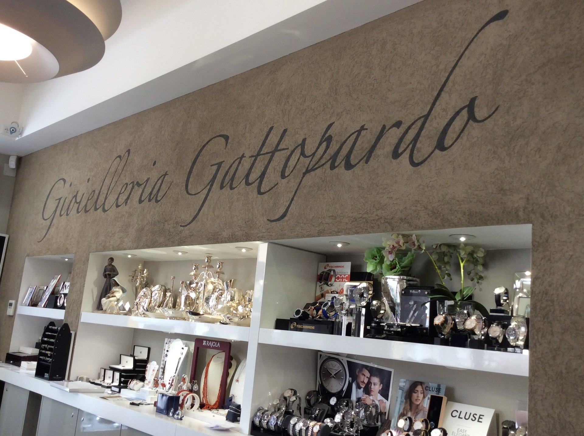 esposizione di oggetti preziosi presso Gattopardo