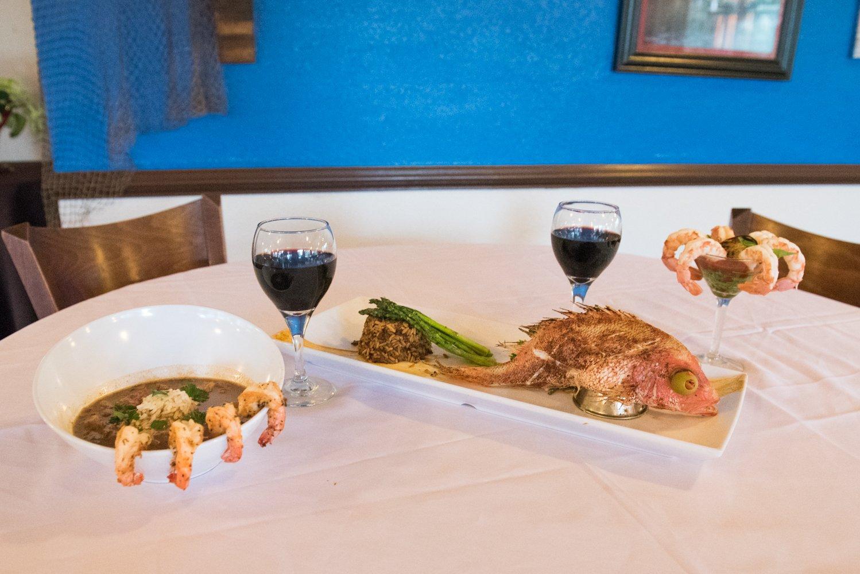 Dido's Restaurant Yellowstone Paddlewheeler fish and wine
