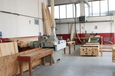 Falegnameria taglio legno su misura