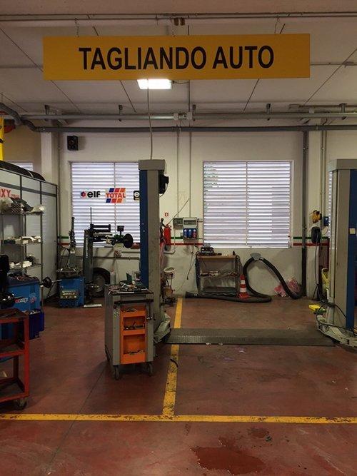 Officina Autoservice Ghergo a Bari
