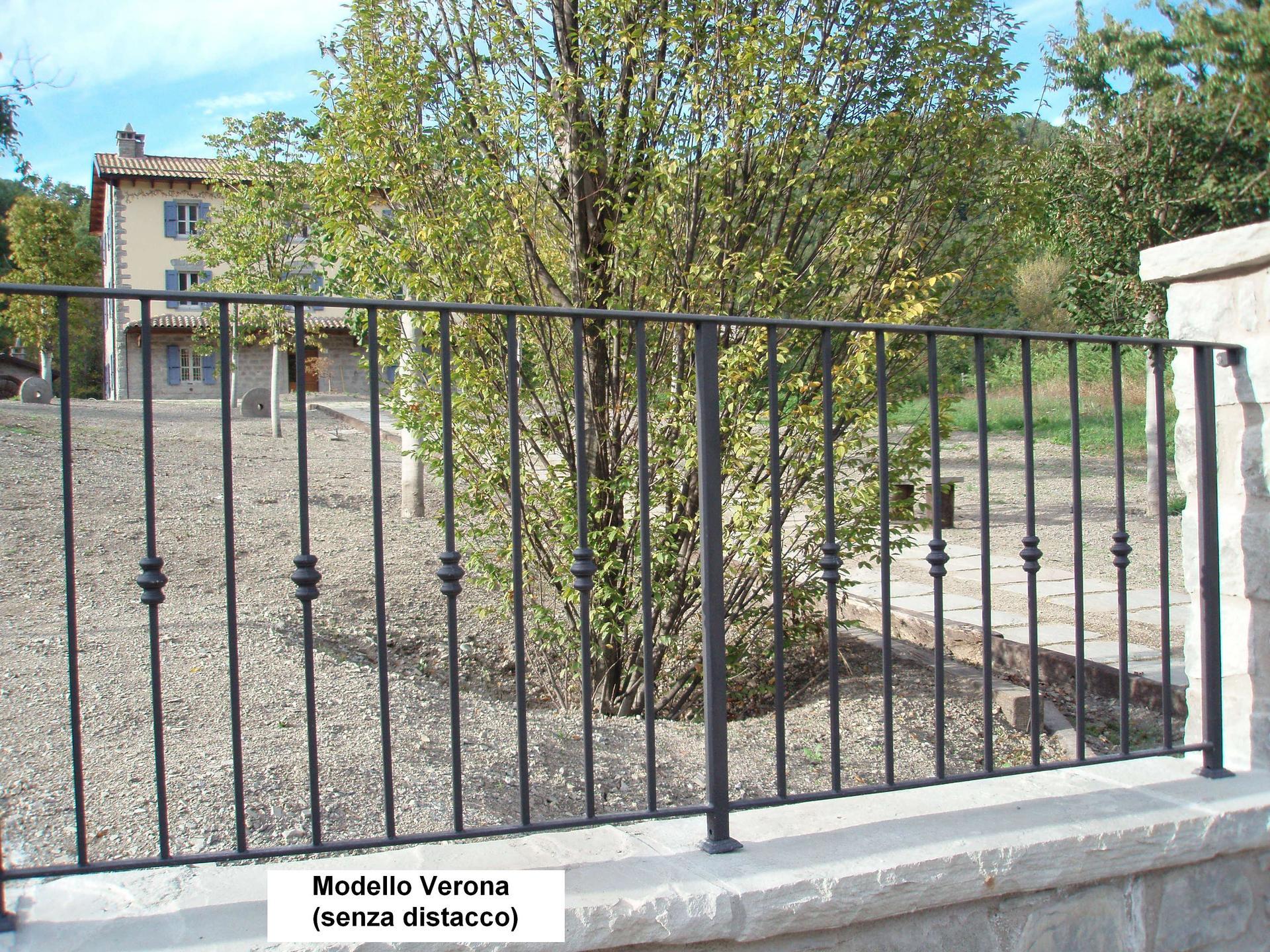 Ringhiera in parco Modello Verona