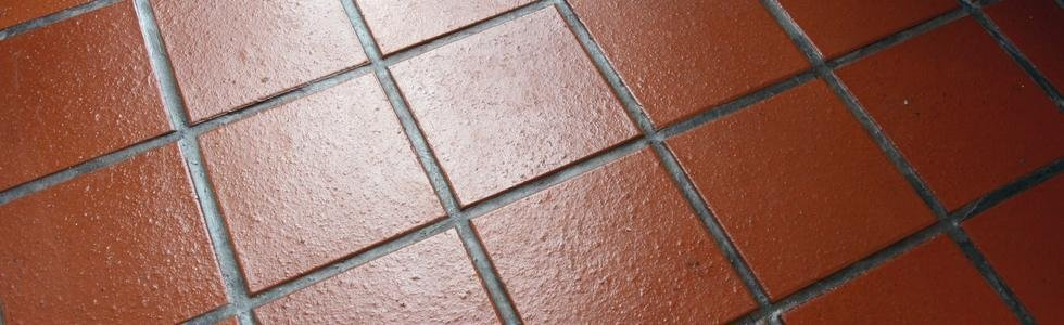 Piastrelle colore tegola di terrazza