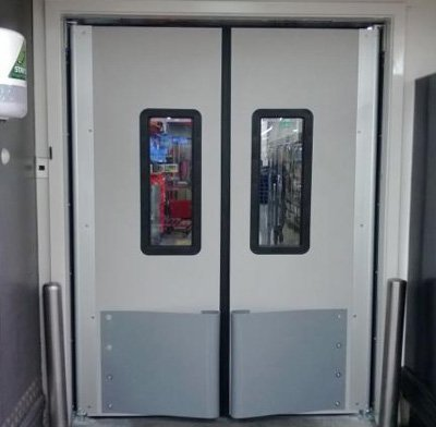 insulated traffic door middle