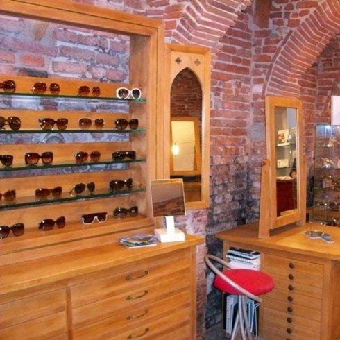 negozio di occhiali