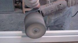 lucidatura mobili in legno