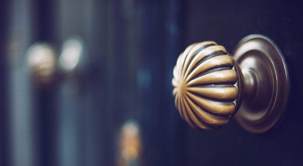 maniglia porta tonda