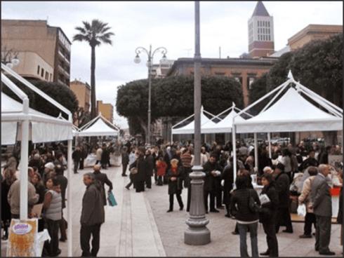 Etna Allestimenti dispone di mini-gazebo per fiere e manifestazioni