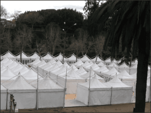 Etna Allestimenti installa strutture per fiere, mostre e congressi