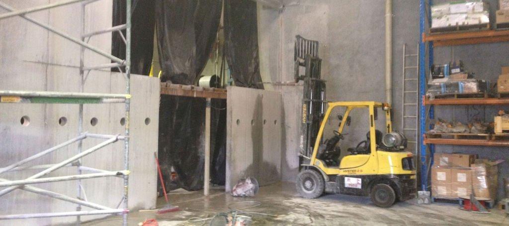 Kwik Cut concrete slab saw Gallery