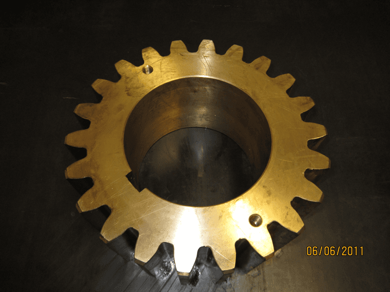 pinion in bronze with conex hatch