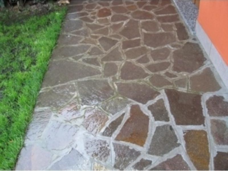 pulizia pavimenti esterni prima
