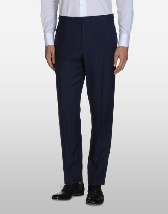 pantaloni su misura