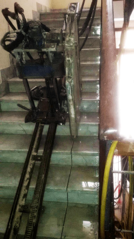 taglio rampa scale per ascensore