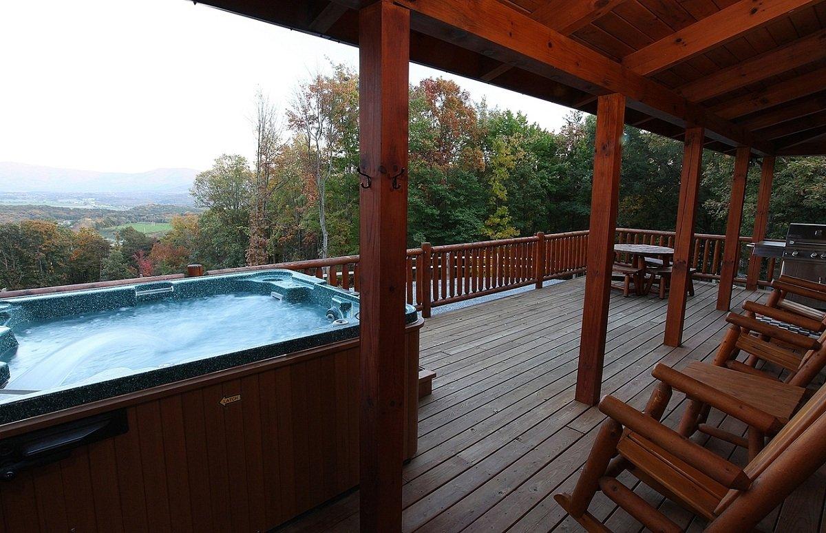 Hawksbill retreat ape cabin 3 shenandoah valley luray va for Shenandoah valley romantic cabins