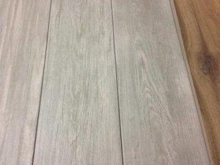 Servizi edili in promozione senna comasco como - Gres porcellanato effetto legno 15x60 12 00 mq iva ...