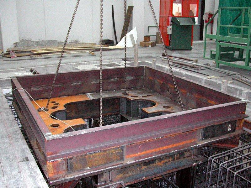 macchinario per lavorazione di precisione