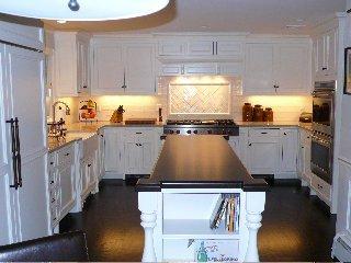 custom kitchen cabinets Greenwich, CT