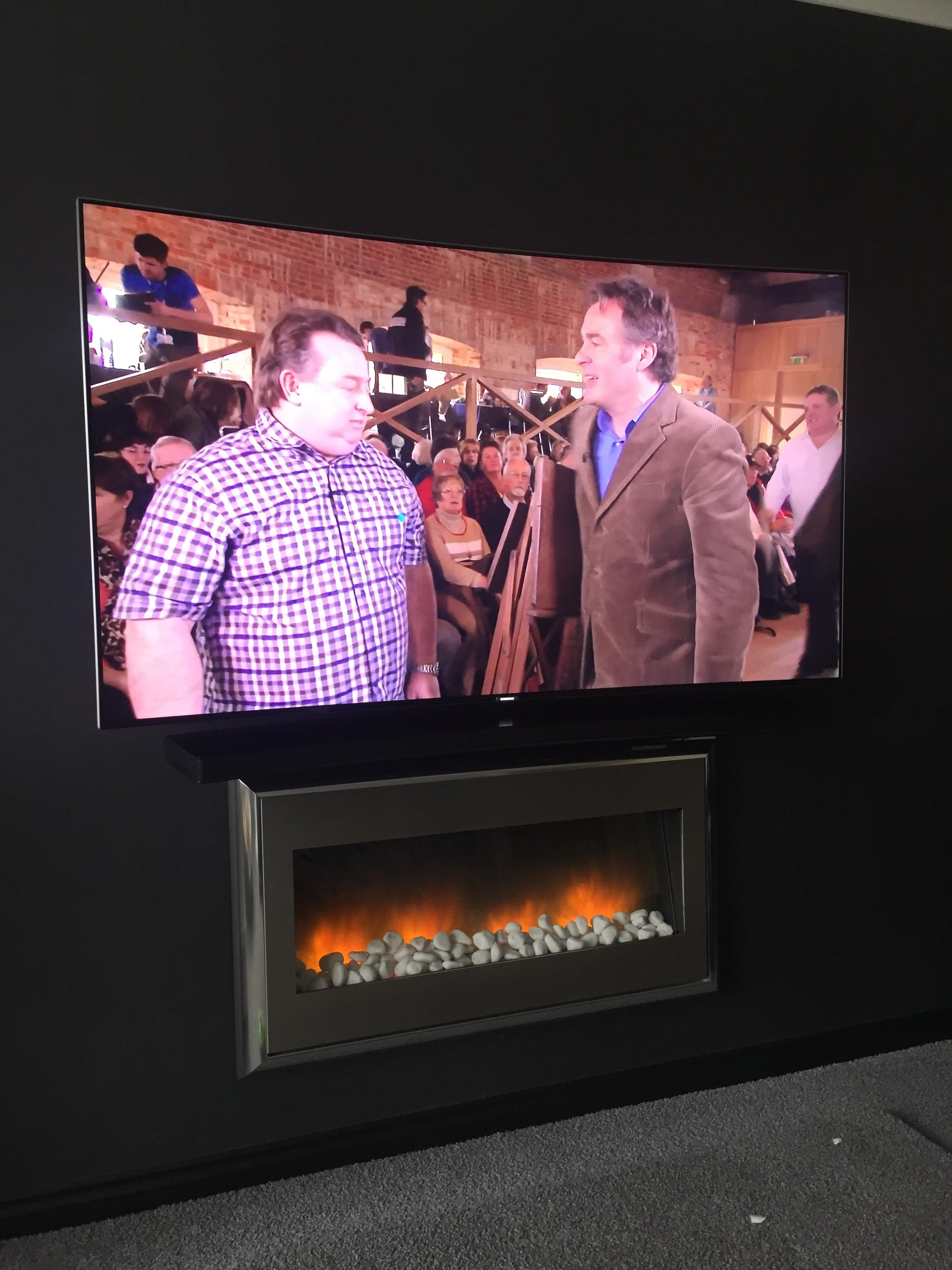 curved tv wall installation