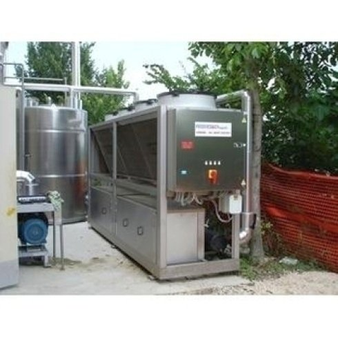 refrigeratori di liquido industriali